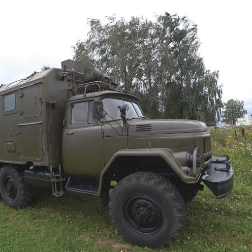 Армейский механик