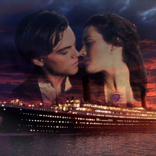 Titanic World