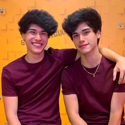 Stokes Twins Too